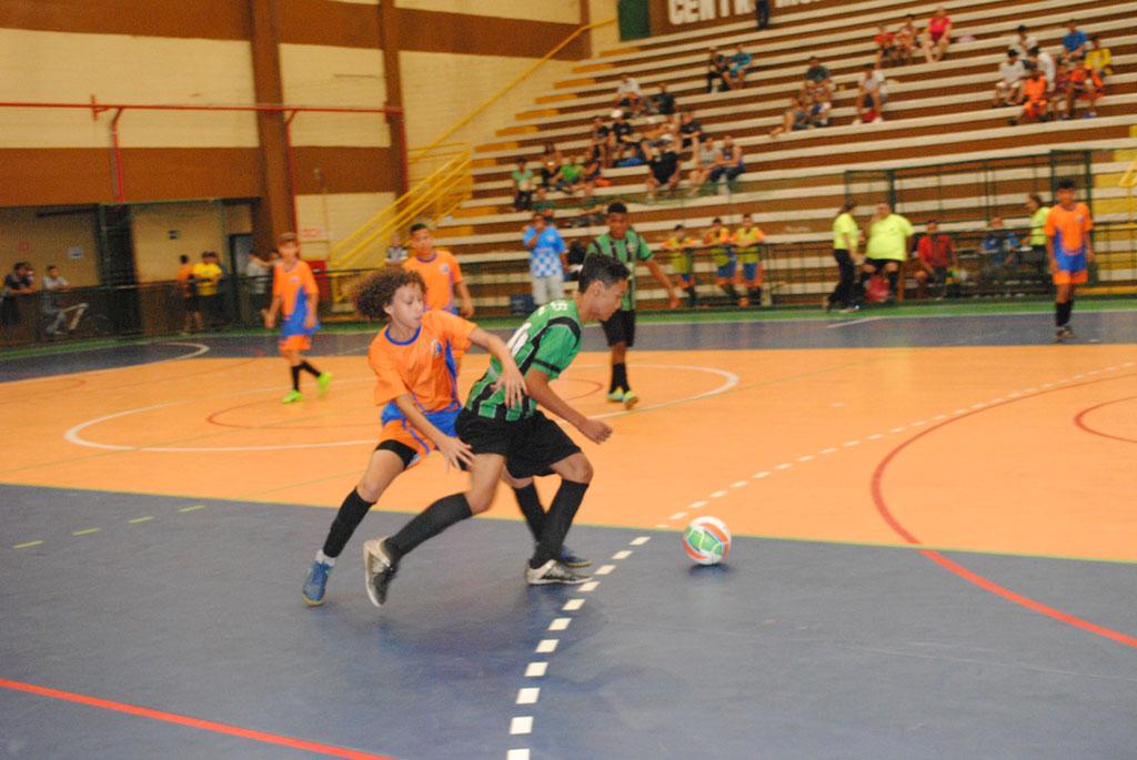 Esporte - Futsal de Férias Segunda fase do sub-14 começa hoje