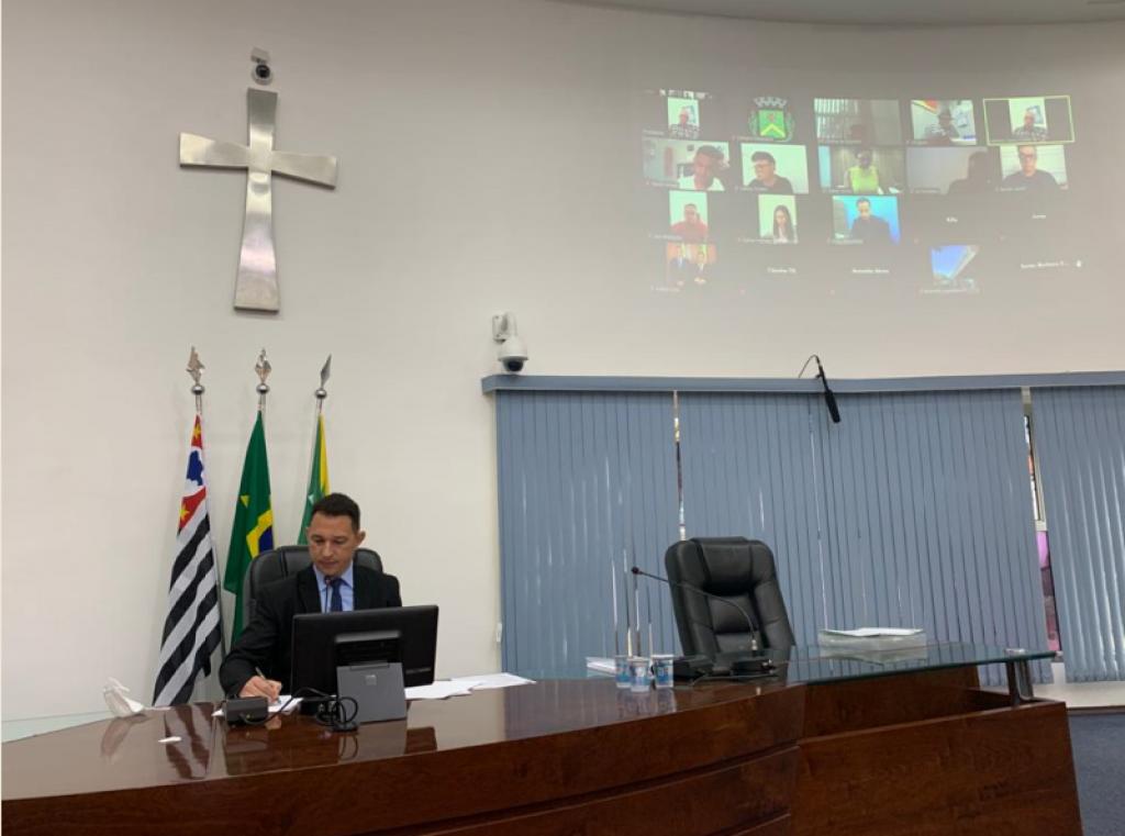 Cidades - Câmara aprova três projetos  na 23ª reunião ordinária