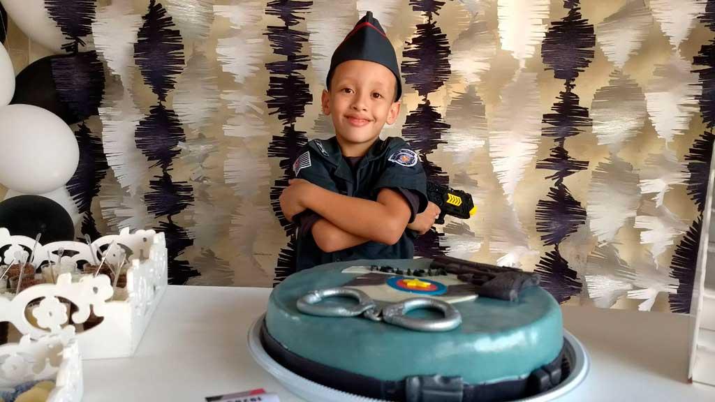 Polícia - PM  faz homenagem a garoto em seu  aniversário