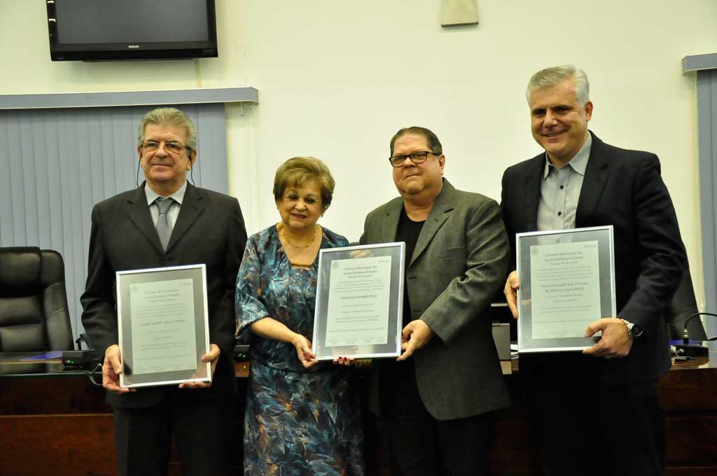 Cidades - Câmara e Acisb entregam título Empresário do Ano 2017