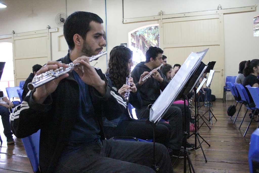 Cultura - Ninho Musical realiza apresentações musicais