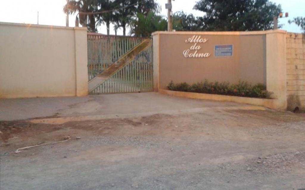 Polícia - Criança de 2 anos morre afogada em piscina