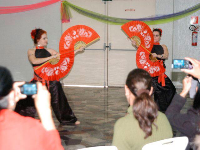 Cidades - Rede Feminina realiza  1º Círculo de Danças Sagradas