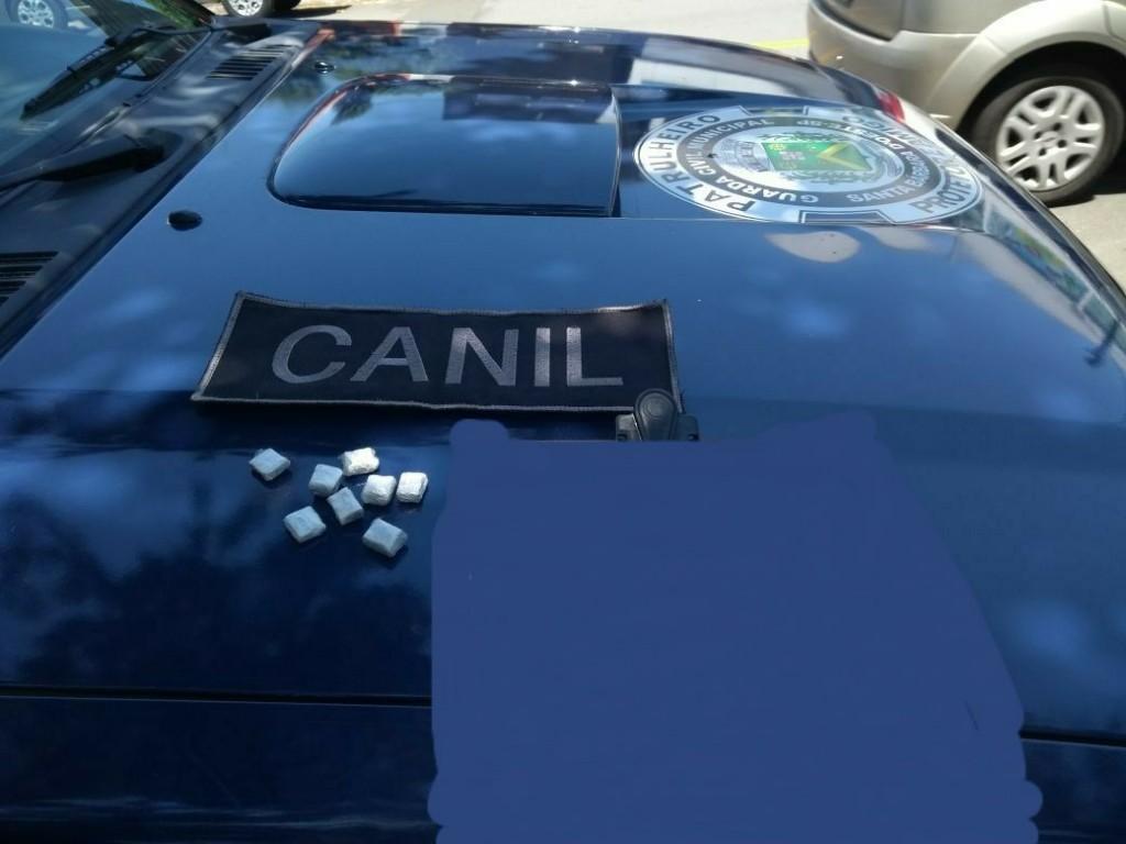 Polícia - Equipe do Canil apreende drogas