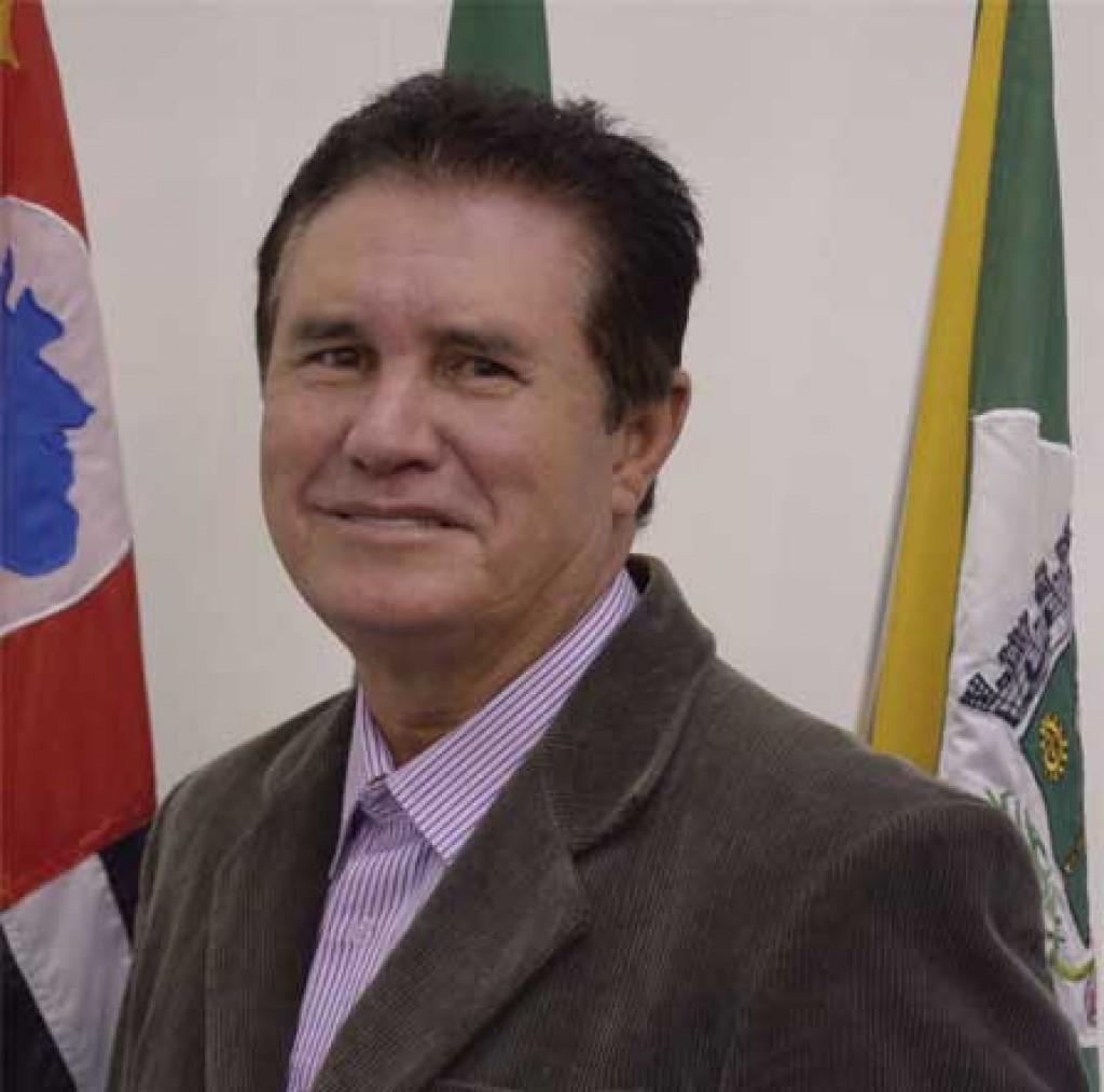 Cidades - Autoridades e políticos lamentam morte do parlamentar