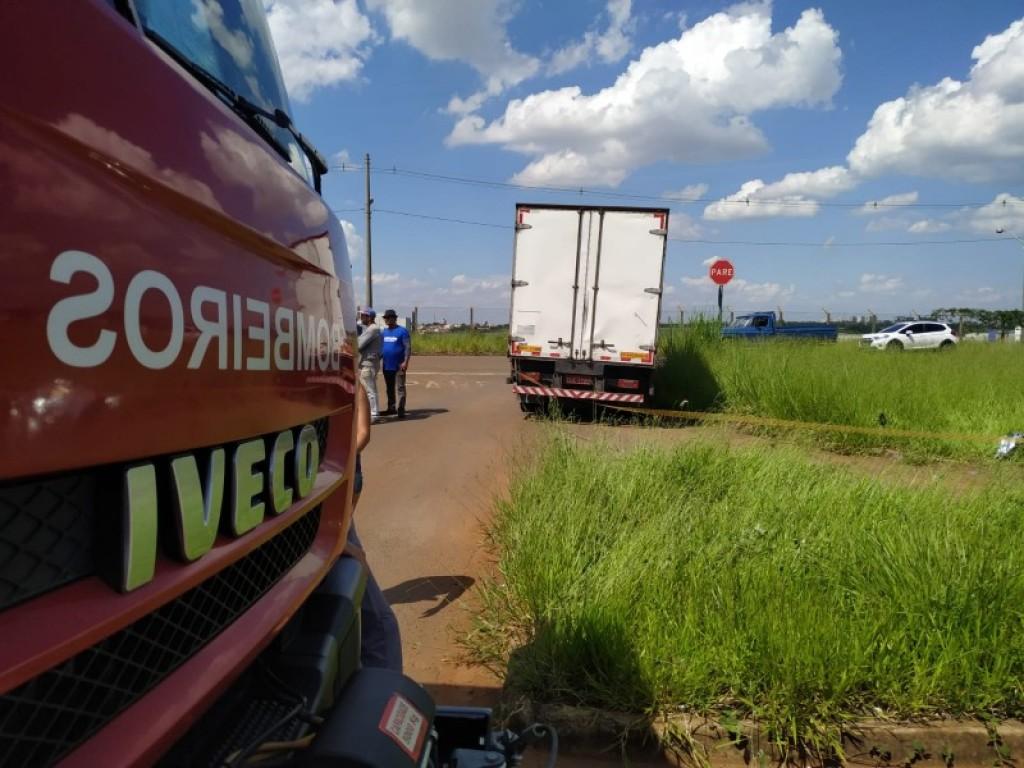 Polícia - Mulher morre em acidente de moto