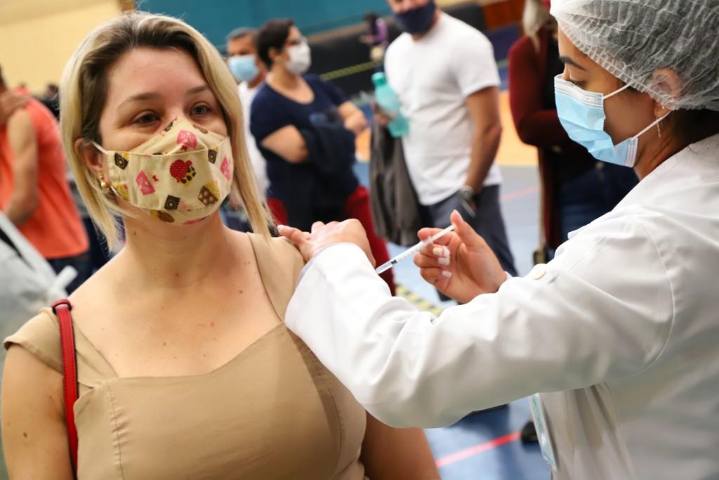 Cidades - Santa Bárbara amplia vacinação contra a Covid-19