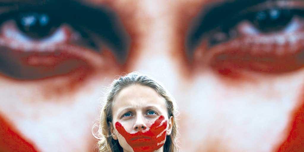 Caderno Mulher - Taxa de feminicídios no Brasil é a quinta maior do mundo