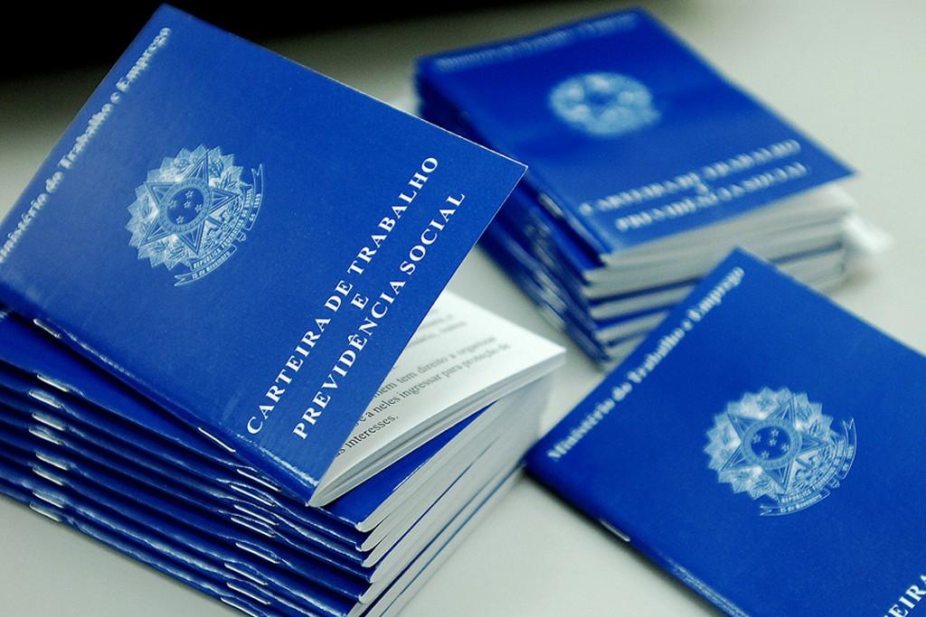 Cidades - Desenvolve S.Bárbara oferece 170 vagas de emprego