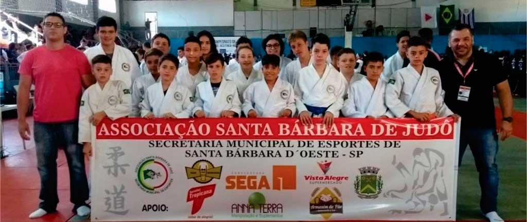 Esporte - Judô conquista 11 pódios em Minas