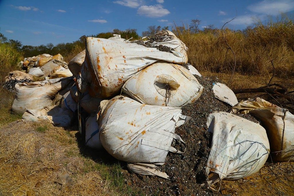 Polícia - Guarda localiza 80 toneladas de descarte irregular