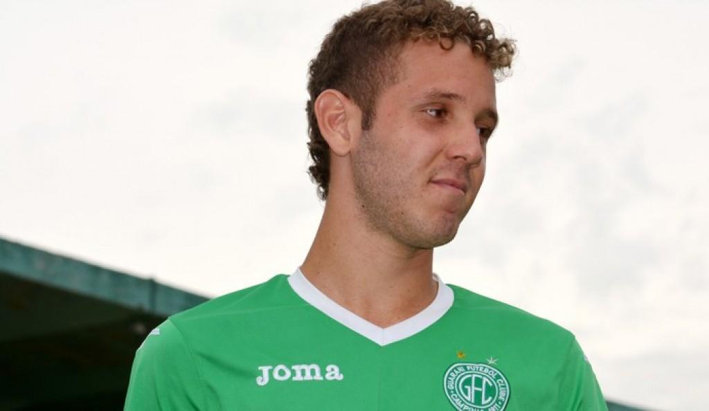 Esporte - Vitor Hugo irá treinar  com elenco do União