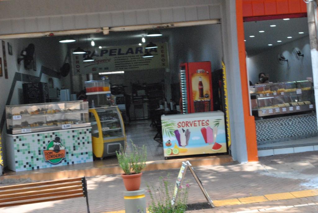 Cidades - Fase Laranja começa hoje: comércio abre às 10h e shopping às 12h