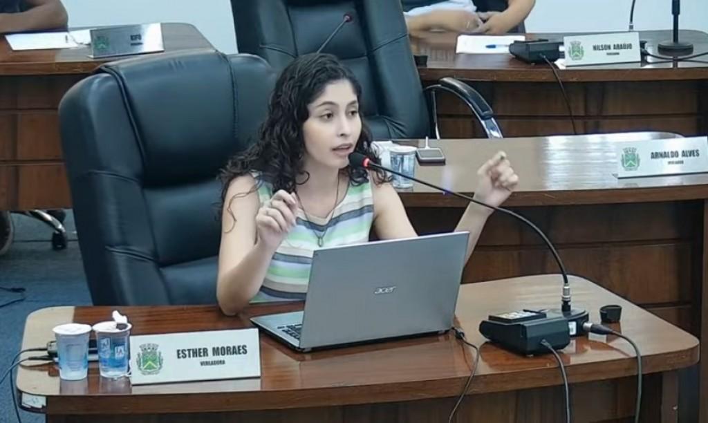 Cidades - Câmara aprova dois projetos para  enfrentar a pobreza menstrual