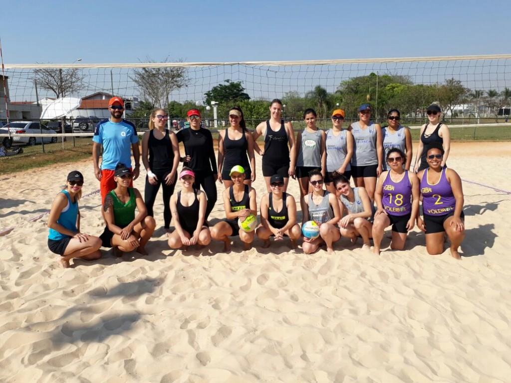 Esporte - Circuito de vôlei de praia reúne 10 duplas femininas