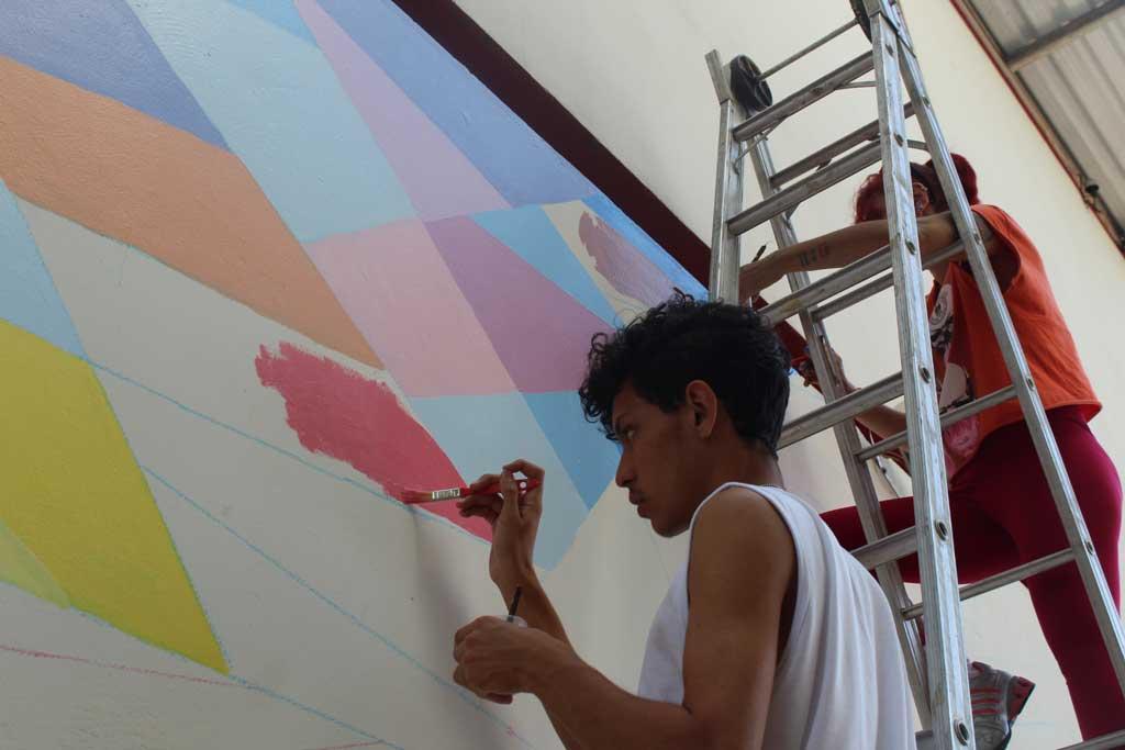 """Cultura - """"Arte Muralista"""" é inaugurado na Estação Cultural"""