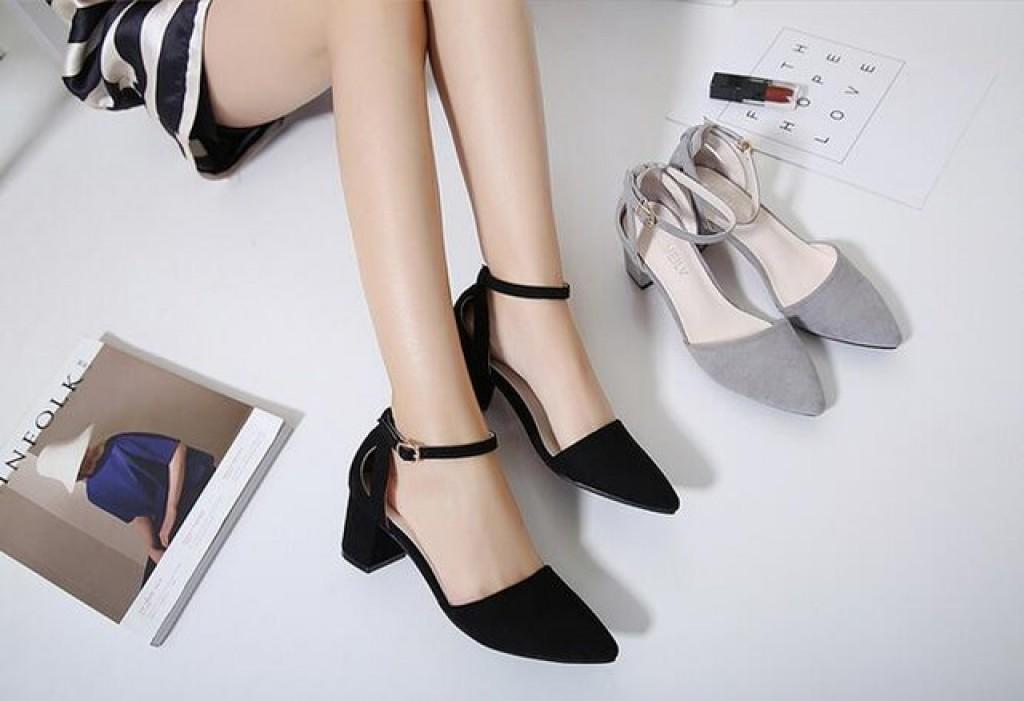 Caderno Mulher - Sapatos: seis trends para apostar no verão