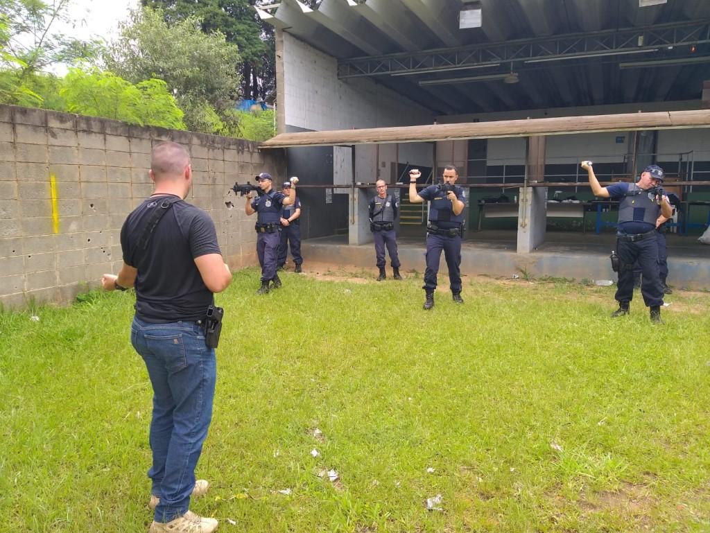 Polícia - Guarda realiza curso de  capacitação para uso de armamento
