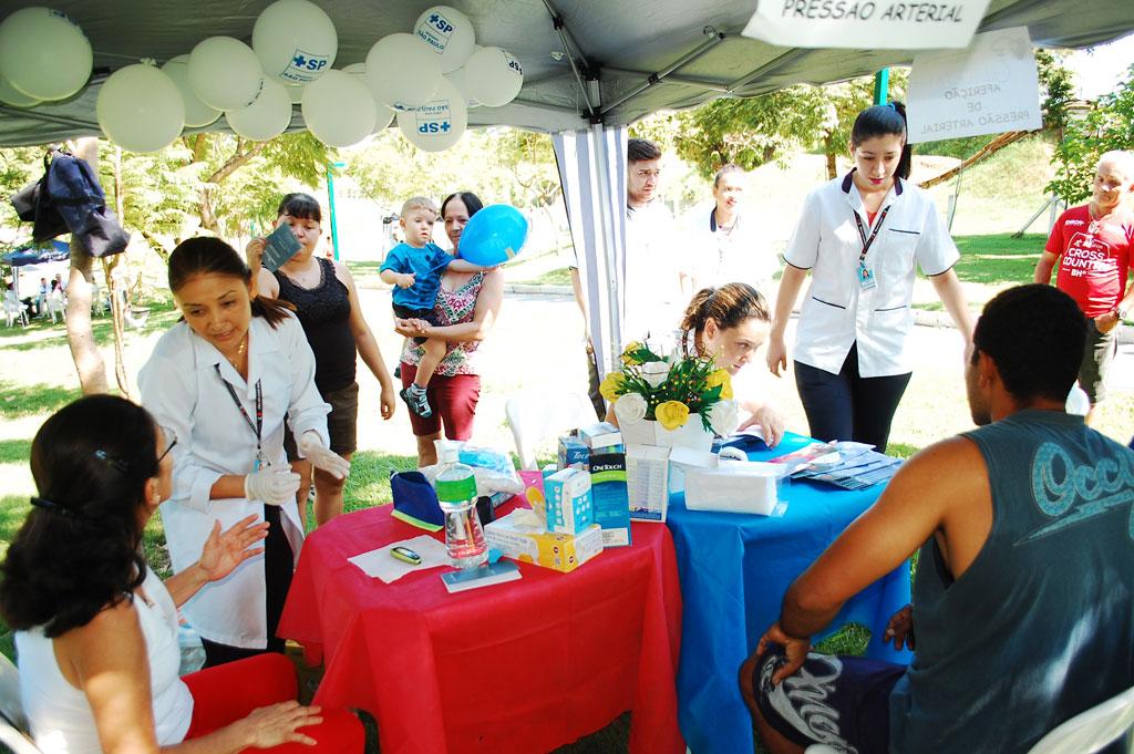 """Saúde - População prestigia atividades do """"Saúde para Todos"""" no Parque dos Jacarandás"""