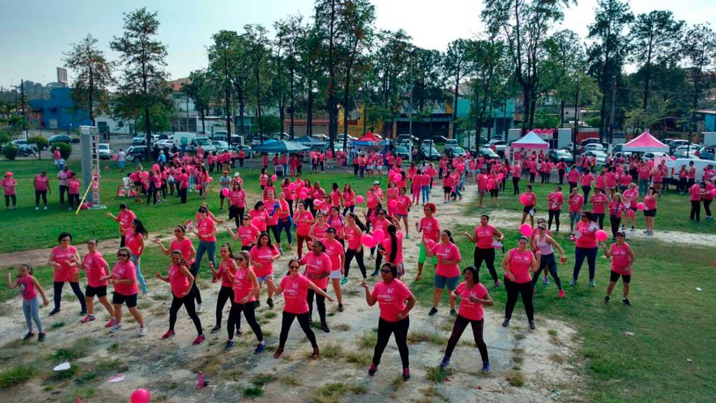 Cidades - Caminhada Rede Rosa reúne mais de 500 pessoas