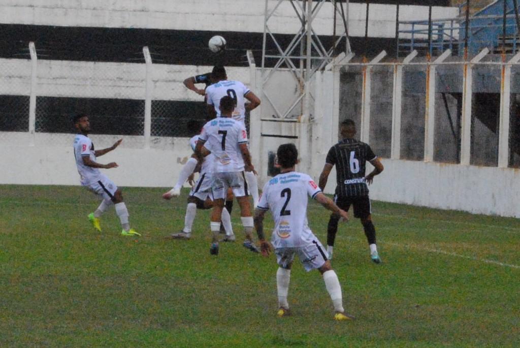 Esporte - União vence a primeira e de goleada  contra o Galo