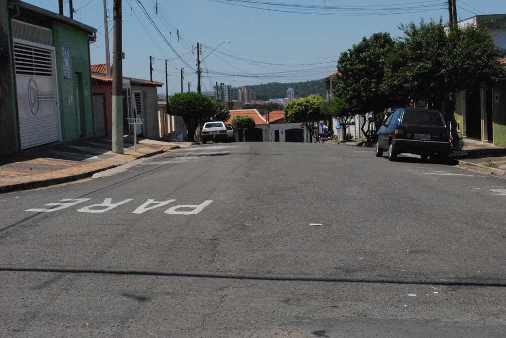 Polícia - Motorista atropela morador do Rochele e foge: vítima morre