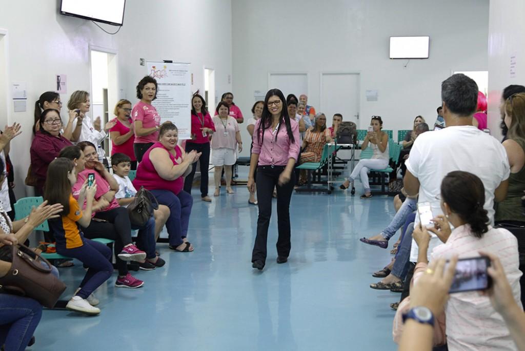 Saúde - Dia D do Outubro Rosa reúne 200 pessoas